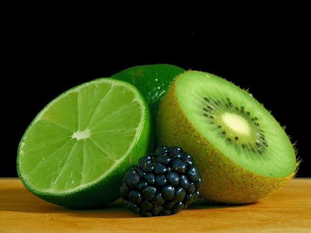 kiwi lime and blackberry